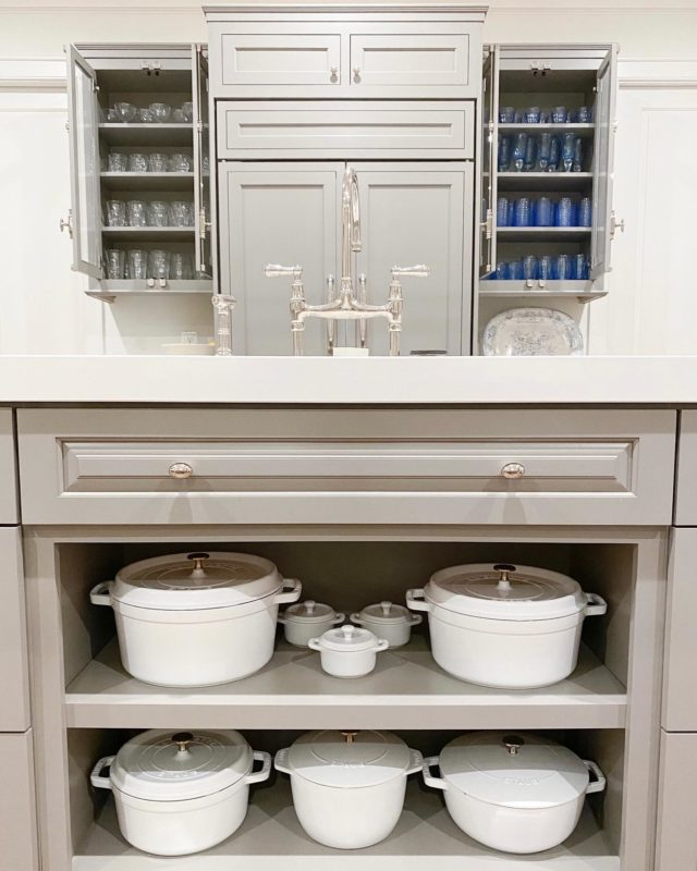 We're always looking for moments to highlight your favorite belongings. When it comes to organization, it's all about function, ease of use, and beauty!  Settled KITCHEN ™️  #kitchenorganization #kitcheninspiration #homeorganization #staub #kitchenisland #drinkingglasses #cabinetrydesign #organizedliving #kitchengoals #organizedhome #kitchen #homeorganizer #gourmetkitchen #organization #home #luxuryhomes #organizedkitchen #madeinStaub #settled